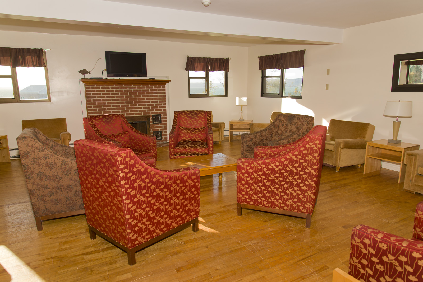 Rooms & Suites - Annapolis Basin Conference Centre